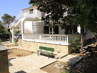 Spacious apartment in the center of Srima with Parking, Internet, Washing machin
