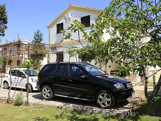 Spacious apartment in the center of Srima with Parking, Internet, Air conditioni