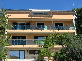 Cozy apartment in Mali Losinj with Parking, Internet, Air conditioning, Balcony