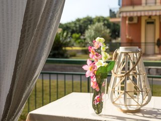 Cozy apartment in Giardini Naxos with Parking, Washing machine, Air conditioning