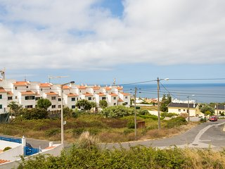 Spacious house close to the center of Ericeira with Internet, Balcony, Terrace