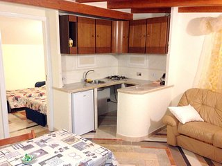 Cozy apartment in Crispiano with Parking, Internet, Washing machine, Air conditi