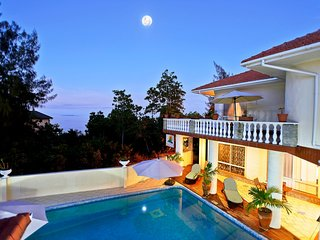 Spacious villa in De Quincy with Parking, Internet, Washing machine, Air conditi