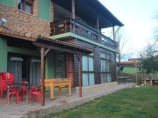 Spacious house in Piloña with Parking, Internet, Washing machine, Terrace