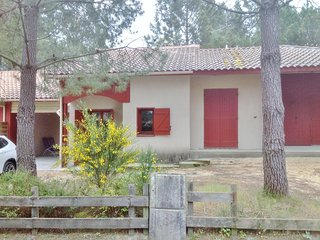 Cozy house very close to the centre of Moliets-et-Maa with Parking, Pool, Terrac