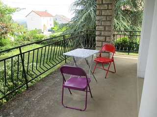 Cozy house close to the center of Charnay-les-Macon with Parking, Balcony, Garde