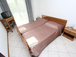 Cozy apartment close to the center of Rovinj with Parking, Internet, Air conditi