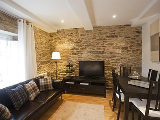 Spacious apartment in the center of Santiago de Compostela with Lift, Internet,