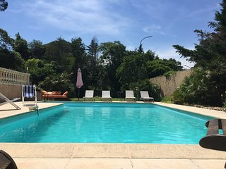 Spacious villa very close to the centre of Sainte-Maxime with Parking, Internet,