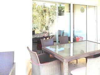 Spacious apartment in Saint-Cyprien with Parking, Washing machine, Pool, Garden