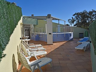 Cozy apartment a short walk away (252 m) from the 'Cala Banys' in Lloret de Mar