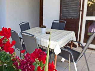 Spacious apartment in the center of Nin with Parking, Internet, Washing machine,