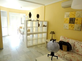 Spacious house in Rota with Parking, Washing machine, Air conditioning, Pool