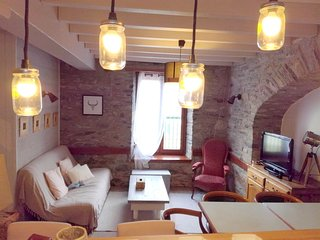 Cozy house in the center of Saint-Lary-Soulan with Parking, Internet, Washing ma