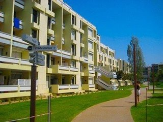 Spacious apartment in Palmela with Washing machine, Balcony, Garden