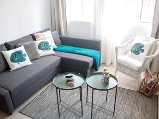 Spacious apartment in the center of Sesimbra with Internet, Washing machine