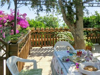 Cozy house close to the center of Ville-di-Pietrabugno with Parking, Internet, W