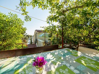 Cozy apartment in Mali Losinj with Parking, Internet, Air conditioning, Terrace