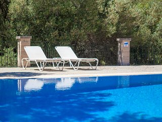 Spacious apartment in Arta with Parking, Internet, Washing machine, Pool