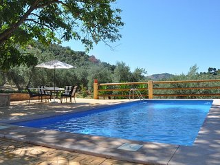 Spacious villa in Montefrío with Parking, Washing machine, Pool, Terrace