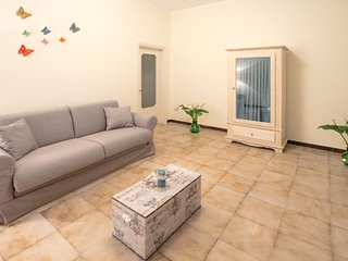 Spacious apartment in the center of Alberobello with Parking, Internet, Washing