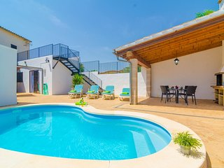 Spacious villa in Algaida with Internet, Washing machine, Pool, Terrace