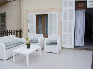 Spacious house a short walk away (219 m) from the 'Playa Can Picafort' in Can Pi
