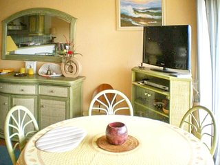 Cozy apartment in the center of Le Lavandou with Lift, Parking, Washing machine,