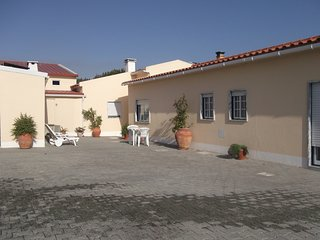 Spacious house close to the center of Sao Bartolomeu dos Galegos with Parking, I