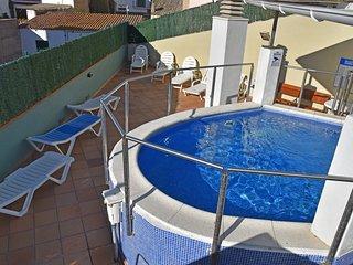 Cozy apartment a short walk away (252 m) from the 'Cala Banys' in Lloret de Mar