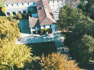 Spacious villa in Noventa di Piave with Parking, Washing machine, Air conditioni