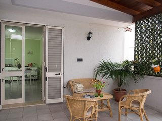 Cozy apartment in the center of Torre Dell'Orso with Parking, Washing machine, A