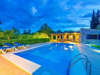 Cozy villa in Campanet with Parking, Washing machine, Air conditioning, Pool