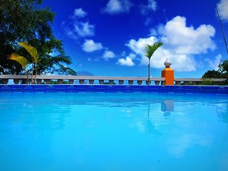 Spacious villa in Anse Royale with Parking, Internet, Washing machine, Air condi
