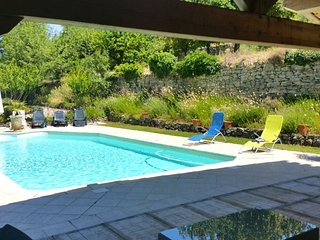 Spacious villa in Malaucène with Parking, Internet, Washing machine, Air conditi