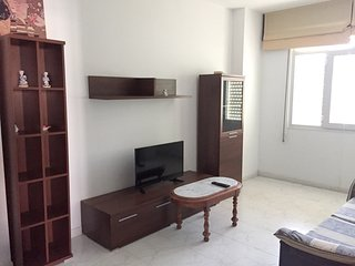Spacious apartment in the center of Laxe with Parking, Washing machine, Balcony