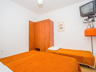 Cozy apartment in Rab with Parking, Internet, Air conditioning, Terrace