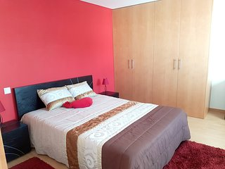 Cozy house very close to the centre of Viana do Castelo with Parking, Internet,