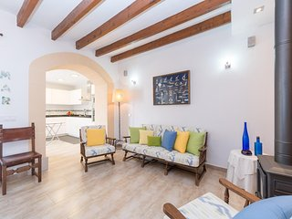 Spacious house in the center of Colonia de Sant Pere with Internet, Washing mach