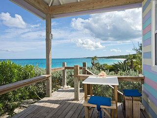 Cayo Loco Cozy Romantic Cottage on Deserted Pink Sand Beach