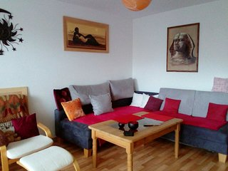 Spacious apartment in Laatzen with Parking, Washing machine