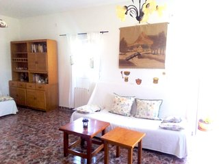 Cozy house in Medina-Sidonia with Parking, Internet, Washing machine, Air condit