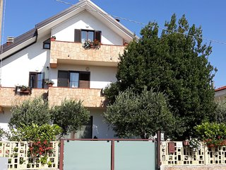 Cosy studio in Tollo with Parking, Internet, Air conditioning, Garden