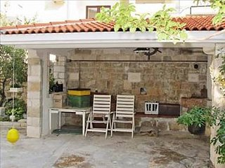 Cozy apartment very close to the centre of Makarska with Parking, Internet, Air
