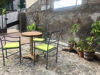 Cozy apartment in Funchal with Parking, Internet, Washing machine, Garden