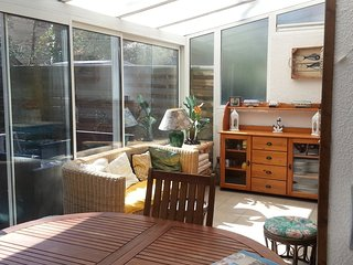 Cozy house very close to the centre of Arcachon with Parking, Washing machine, G