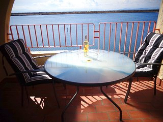 Cozy apartment close to the center of Le Barcares with Lift, Parking, Washing ma