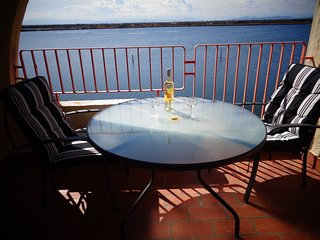Cozy apartment close to the center of Le Barcarès with Lift, Parking, Washing ma