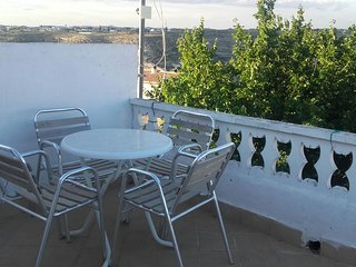 Spacious house in the center of Casas del Cerro with Parking, Washing machine, A