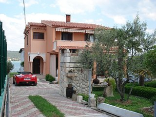 Cozy apartment in the center of Sukošan with Parking, Internet, Air conditioning